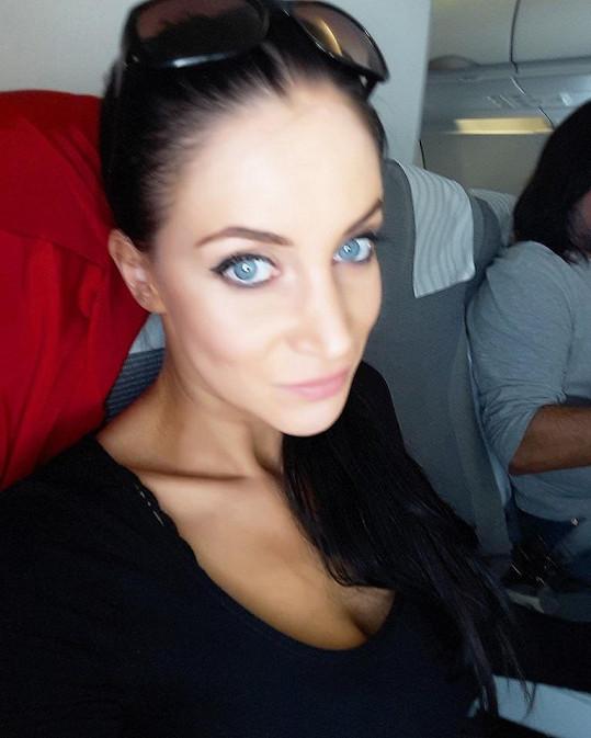 Andrea se o cestě do Thajska svěřila na sociální síti před odletem.
