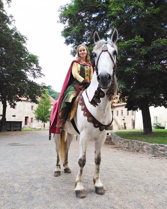 Pohled na svět z koňského sedla si ale zamilovala.