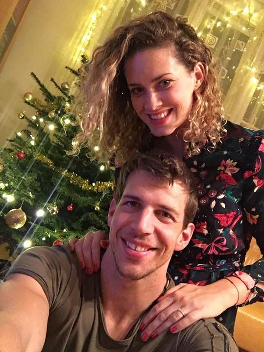 Peter a Katka spolu strávili první Vánoce.