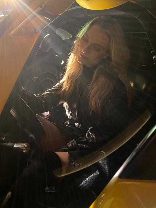 Díky natáčení se svezla ve voze Pagani Zonda, který jí učaroval.