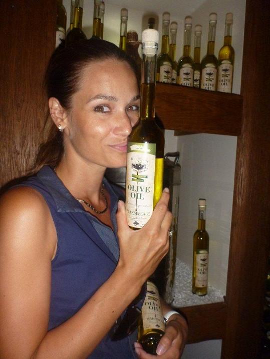 Mají i vlastní etikety na olivový olej.