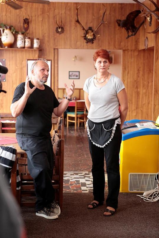 Paní Soňa dostala motorest od otce, který ji čtyři roky neviděl.