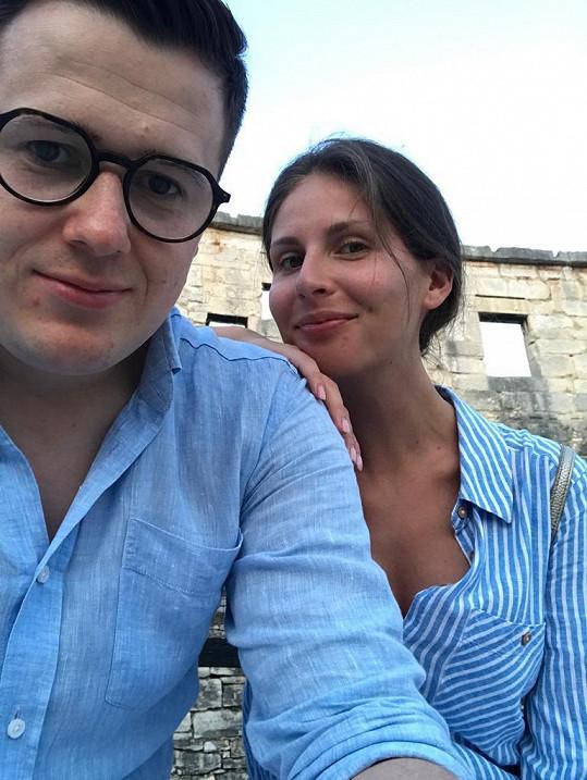 S přítelem Lubošem si užívá dovolenou.