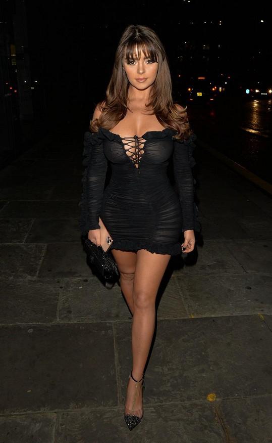 Demi je single a soustředí se na svou kariéru.