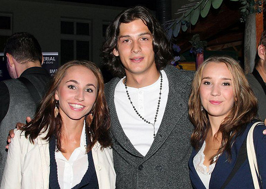 Martin dorazil s přítelkyní Kristýnou a kamarádkou.
