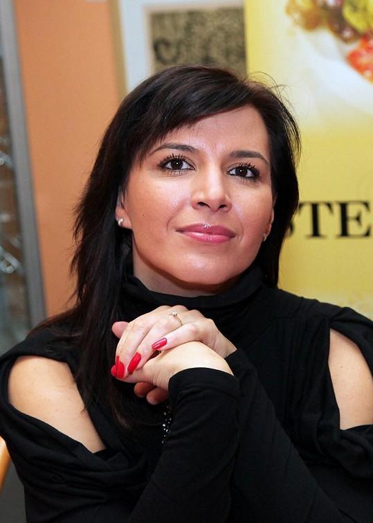 Mezi hosty byla i Ondrova expřítelkyně, operní pěvkyně Andrea Kalivodová.