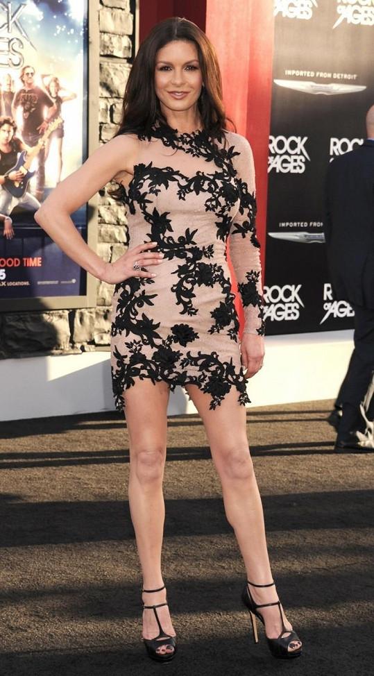 Catherine Zeta-Jones: Kam přijde, tam září.