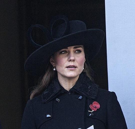 Vévodkyně Catherine při výročním Remembrance Day.