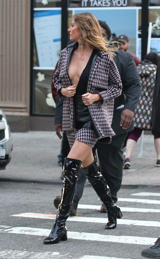Ještě loni byla Gisele nejlépe placenou modelkou světa s průměrným ročním příjmem kolem 35 miliónu dolarů.