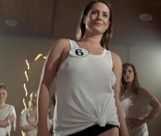 V cyklu Škoda lásky naopak ztvárnila Miss Mokré tričko.