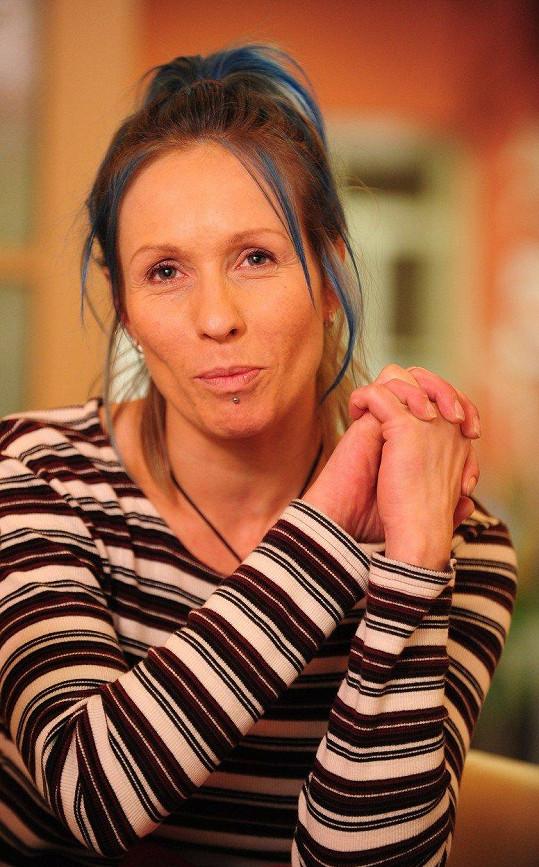Až po narození syna se dostala z drogové závislosti.