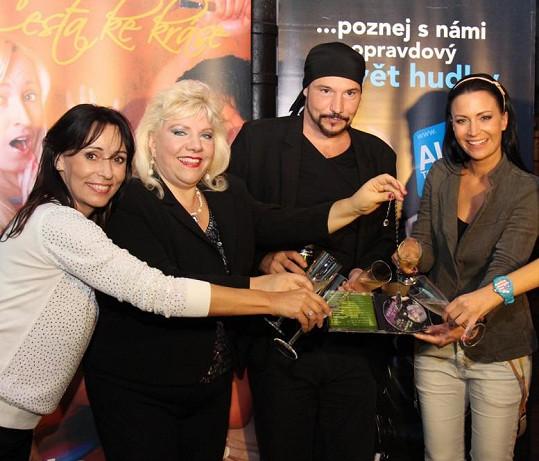 Nové album Marie Láska je nádherná pokřtili Gábina Partyšová, Heidi Janků a Bohuš Matuš.