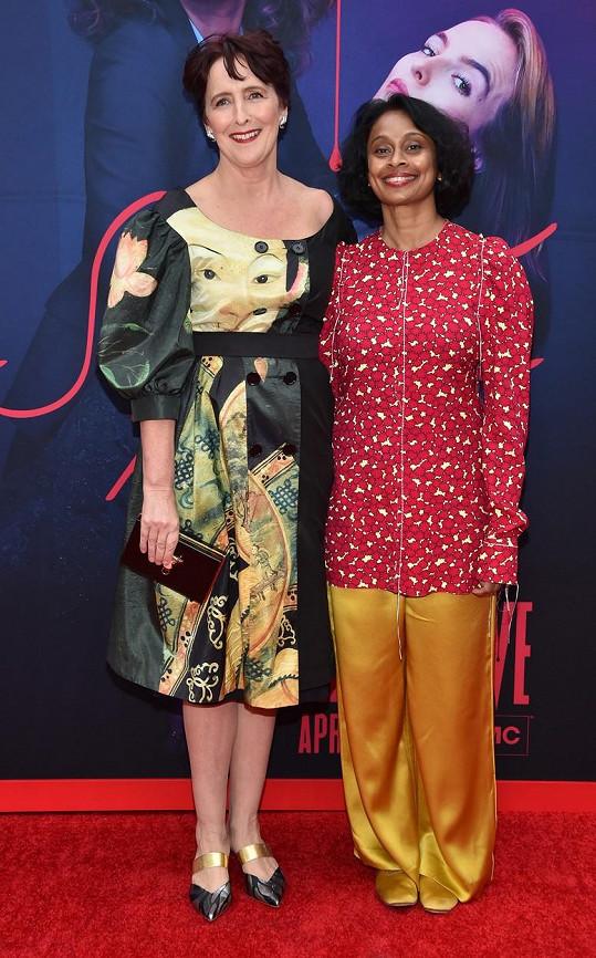 Herečka Fiona Shaw a ekonomka Sonali Deraniyagala (vpravo) se vzaly v roce 2018.