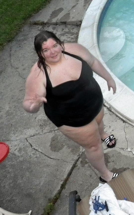 V 16 letech vážila 181,5 kilogramů.