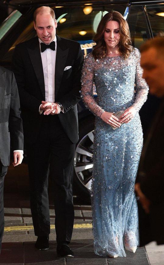 Kate obléká šaty od Jenny Packham většinou na významné příležitosti.