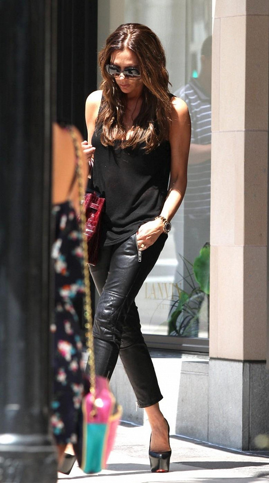 Elegantní Victoria Beckham.