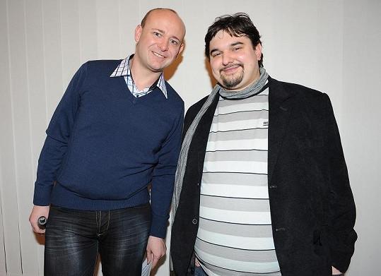 Snímek režíroval Tomáš Magnusek a zahrál si v něm i organizátor Muže roku David Novotný (vlevo).