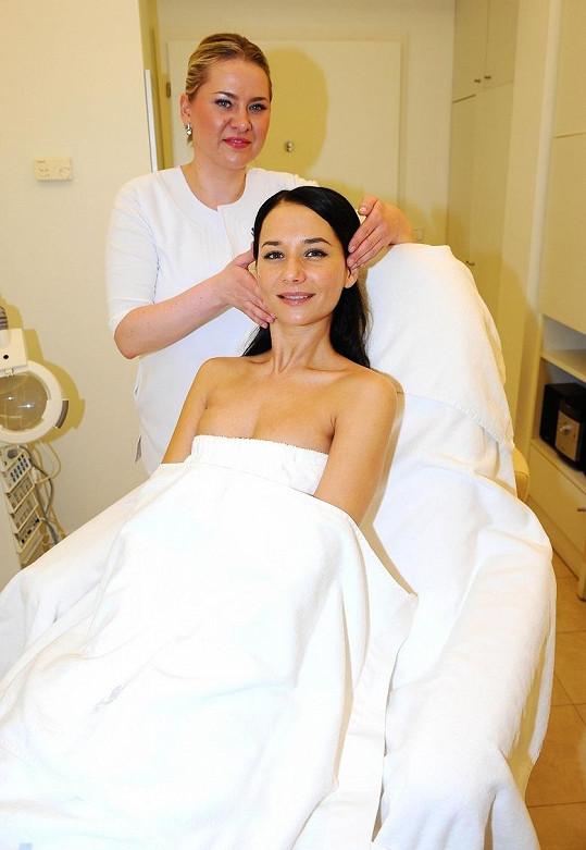 Sandra Nováková před procedurou.