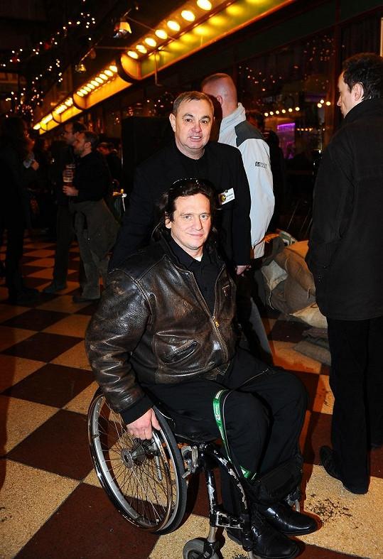 Jan Potměšil je nyní na vozíku.