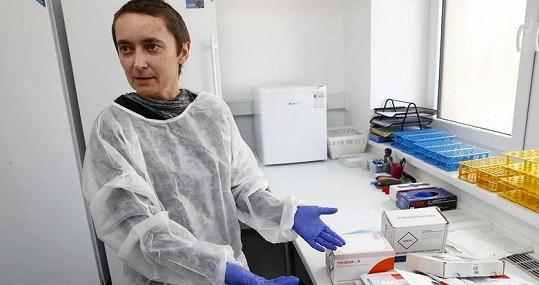 Molekulární genetička Soňa Peková by se Iloně Csákové líbila na ministerstvu zdravotnictví. Ona je ale raději v laboratoři.