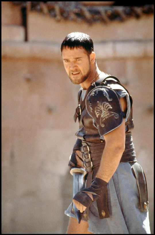 V Gladiátorovi ztvárnil Russell Crowe bojovníka se svalnatou postavou.