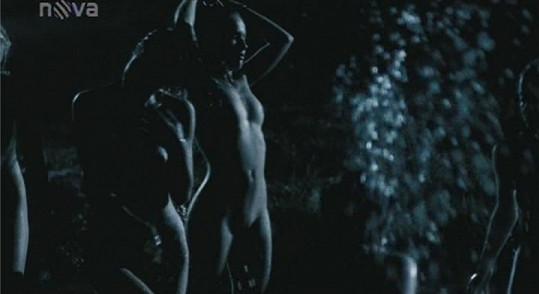 ve filmu Rafťáci se Tereza ukázala i zepředu.