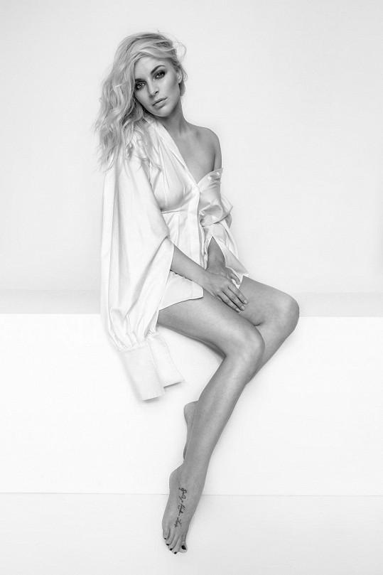Markéta nafotila novou sérii černobílých snímků.