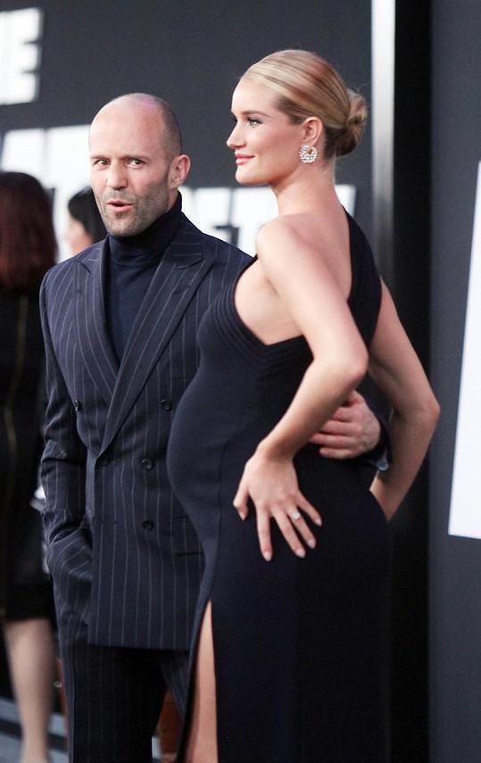 Rosie a Jason na dubnové premiéře filmu Rychle a zběsile 8