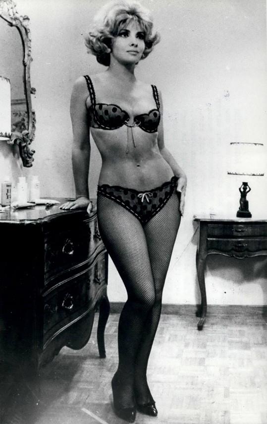 Ještě na konci let šedesátých se mohla Gina směle ukazovat v prádle.