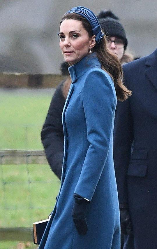 Čtvrtému těhotenství Kate zatím nic nenasvědčuje.