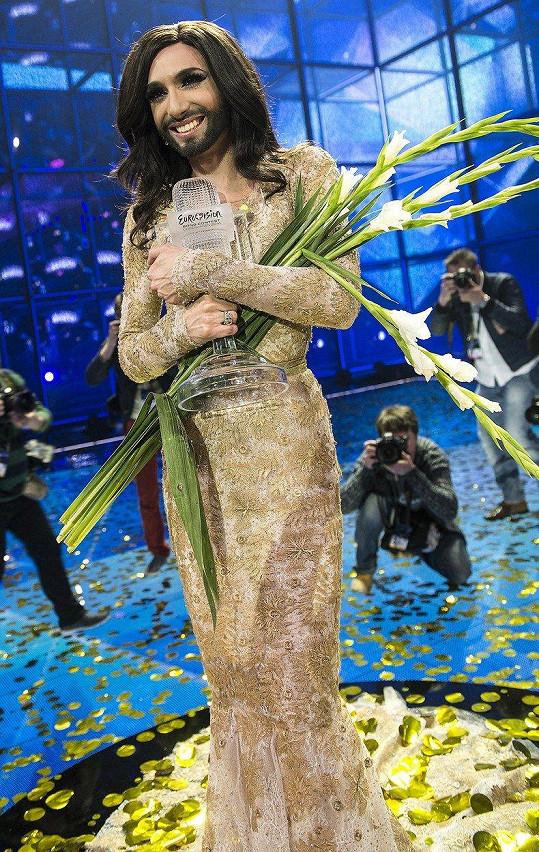 Conchita Wurst z Rakouska to dotáhla k vítězství.