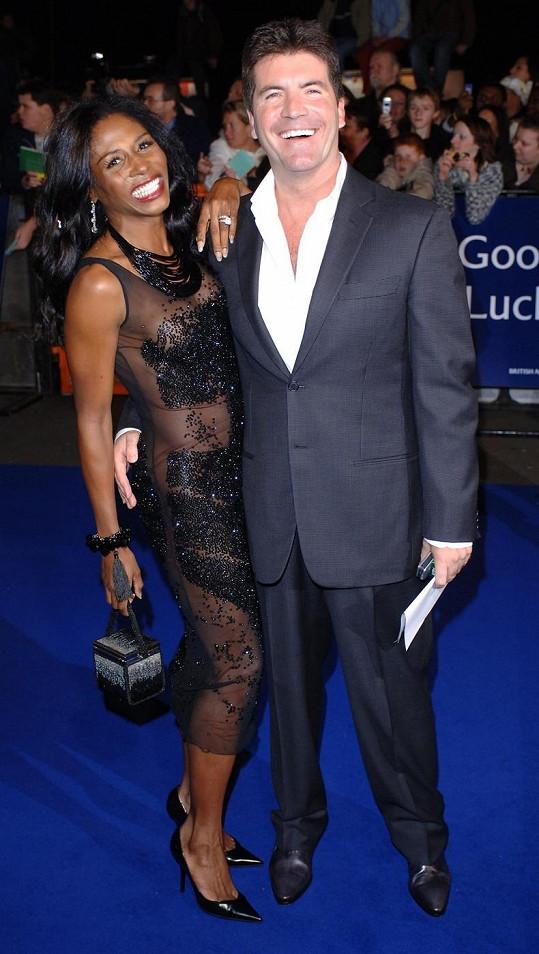 Simon Cowell se Sinittou v roce 2005 ještě jako milenci.