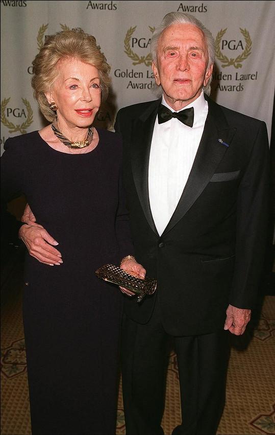 Byli manželé od roku 1954 a měli dva syny.