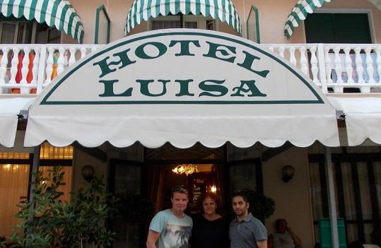 Martin a Vlasta s majitelkou hotelu.