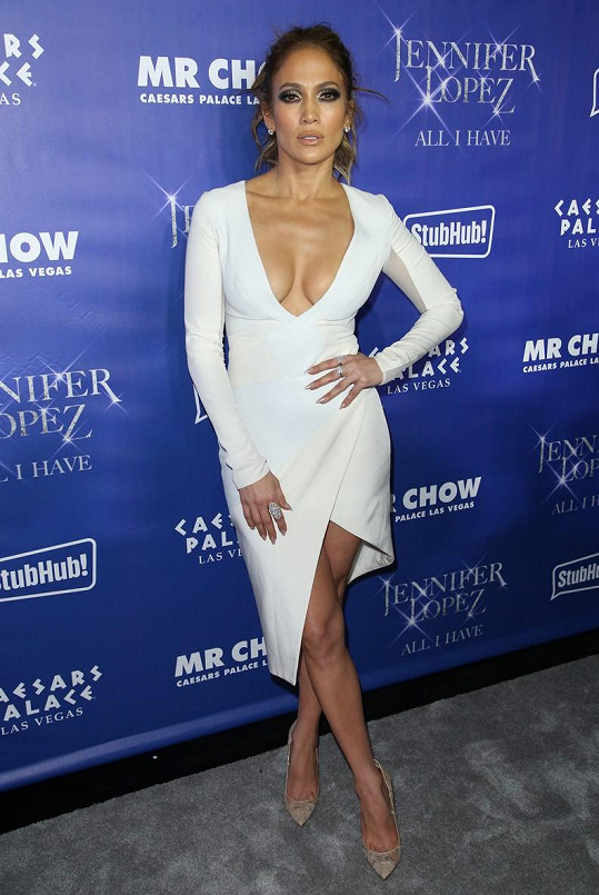 Jennifer Lopez je sexy i před padesátkou.