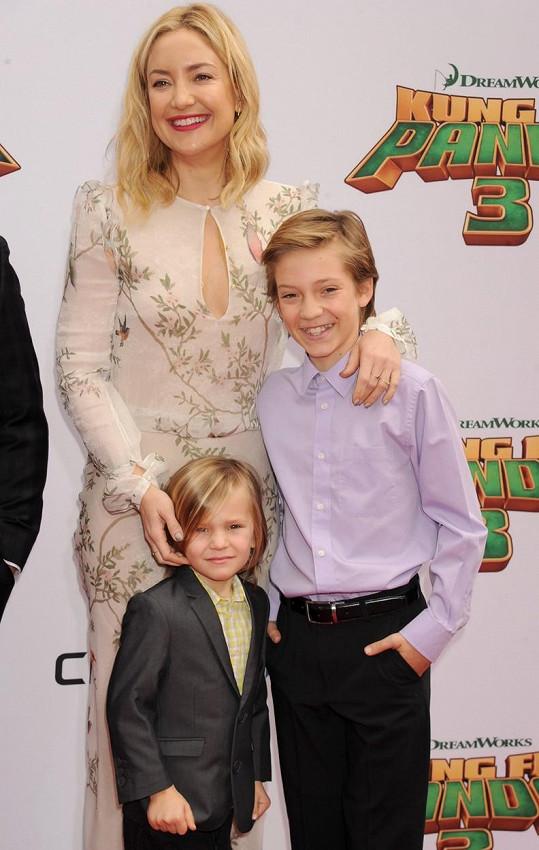 Kate Hudson se pochlubila syny Ryderem a Binghamem.