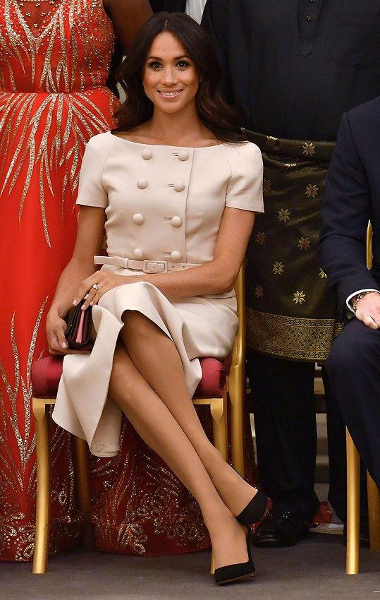 Vévodkyně Meghan do královské rodiny rychle zapadla.