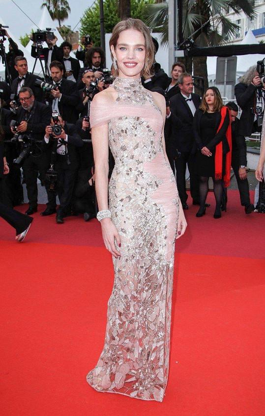 Natalia Vodianova zazářila v Cannes.