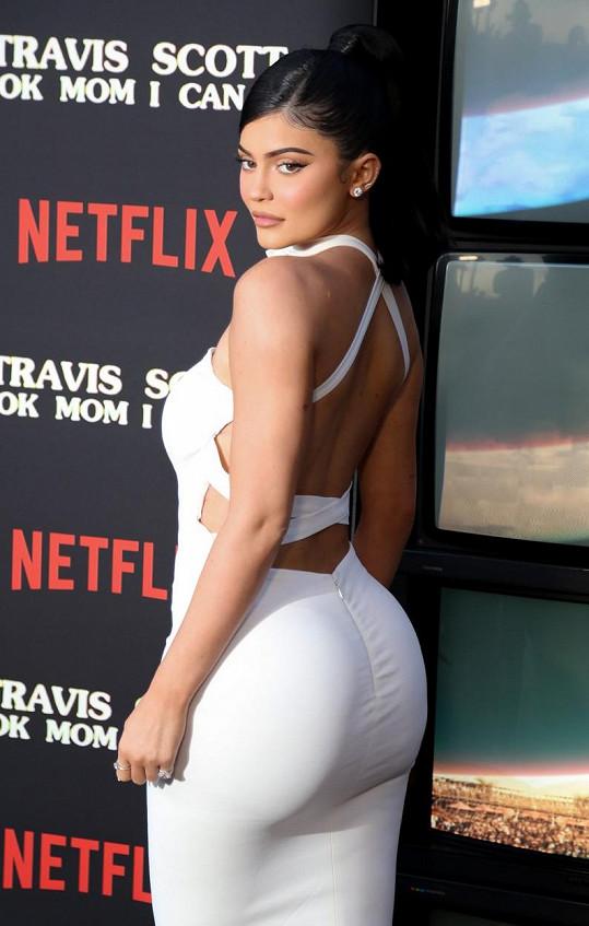 Kylie Jenner žhavým snímkem naznačila spolupráci s Playboyem.
