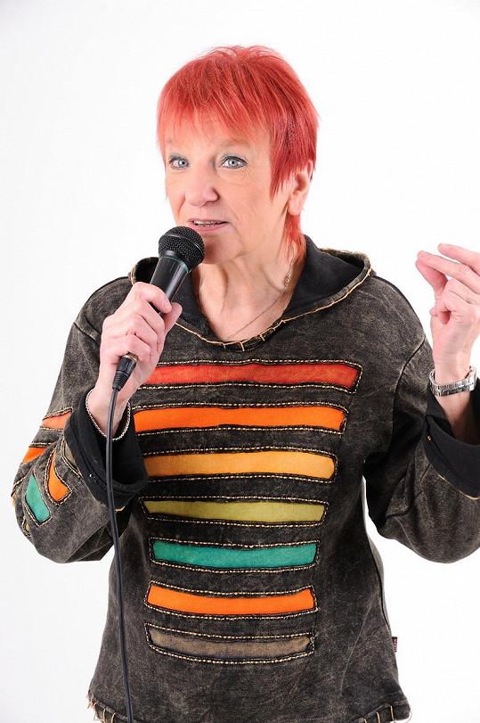 Jana Koubková zpívá dodnes.