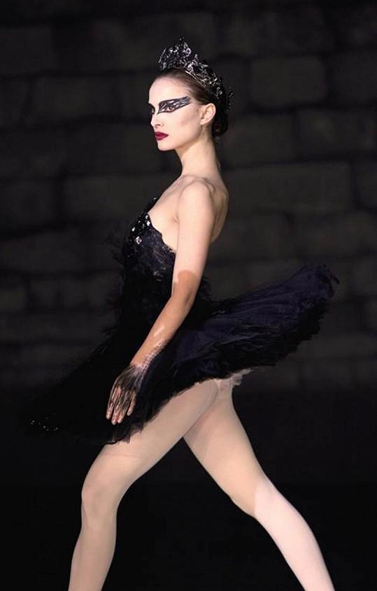 Portman v psychologickém dramatu Černá labuť, za něž si odnesla Oscara.