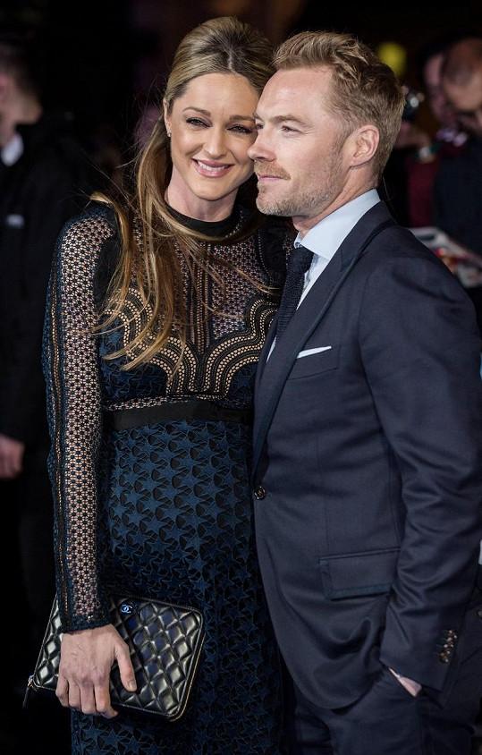 Ronan Keating čeká s manželkou Storm druhé dítě.