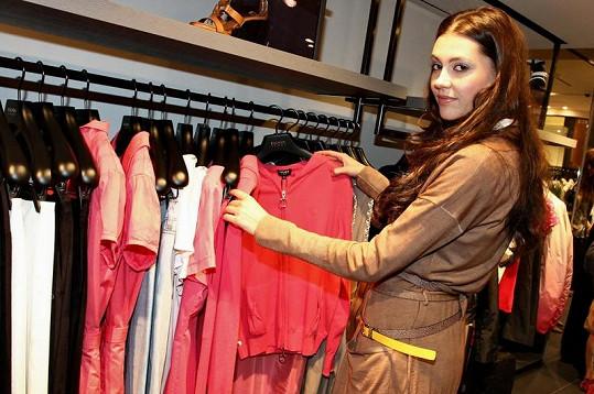 Hana Svobodová při otevření butiku Escada Sport.