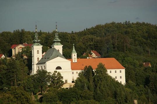 Poutní kostel Narození Panny Marie ve Vranově u Brna.