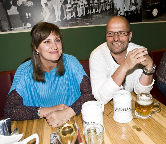 Zdeněk Pohlreich s přítelkyní Zdeňkou žije skoro dva roky.
