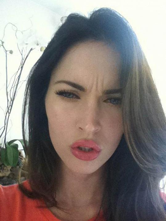 Jedna z grimas herečky Megan Fox.