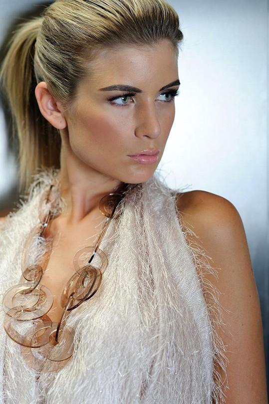 Iveta Lutovská dělá modeling od 14 let.