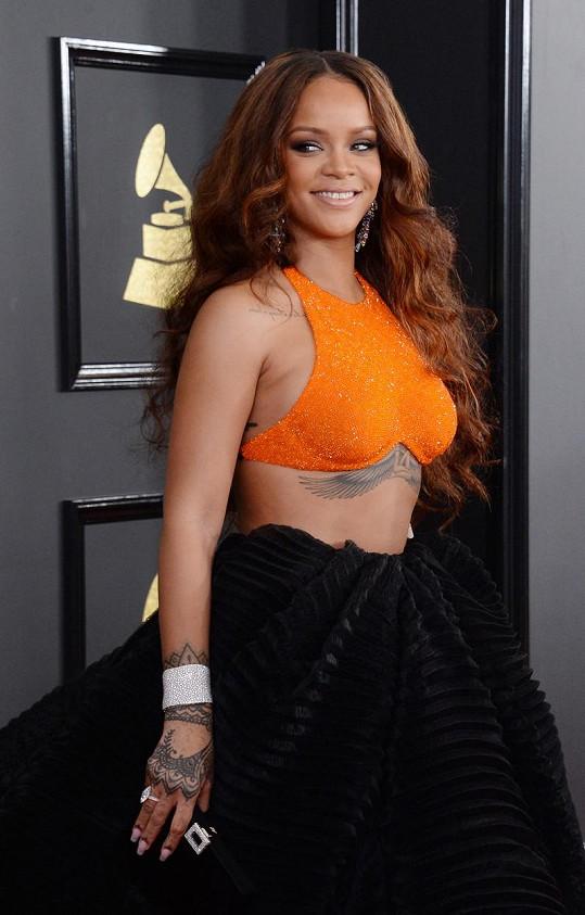 Rihanna na udílení cen Grammy