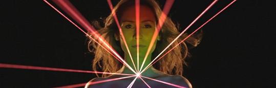 V klipu k písni Hitmaker byly použity nejmodernější technologie.