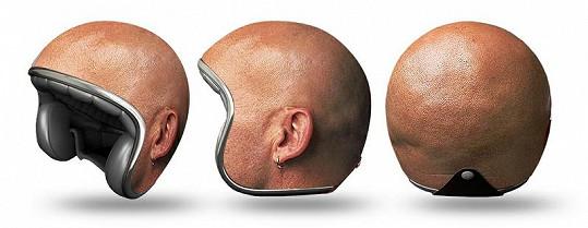 Nevšední ochrana hlavy.